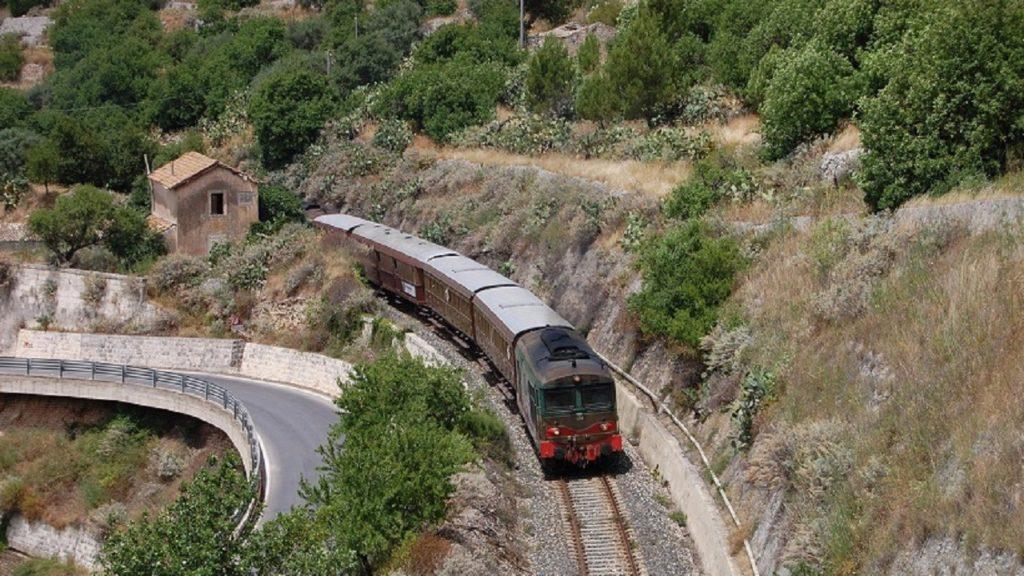 treno storico saporite