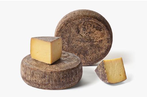 tuma persa formaggio siciliano